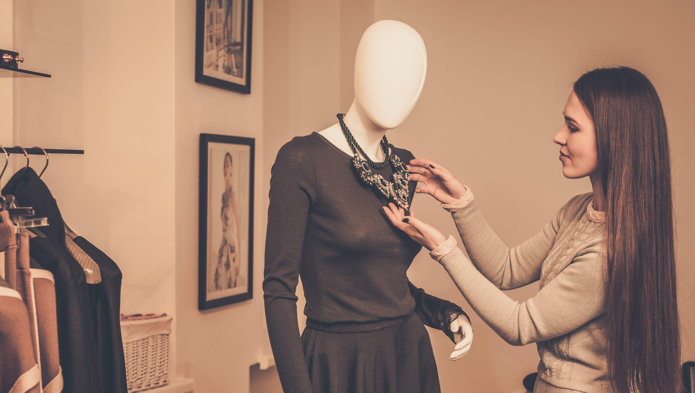 Fashion Stylist Kimdir? Fashion Styling Nasıl Yapılır?