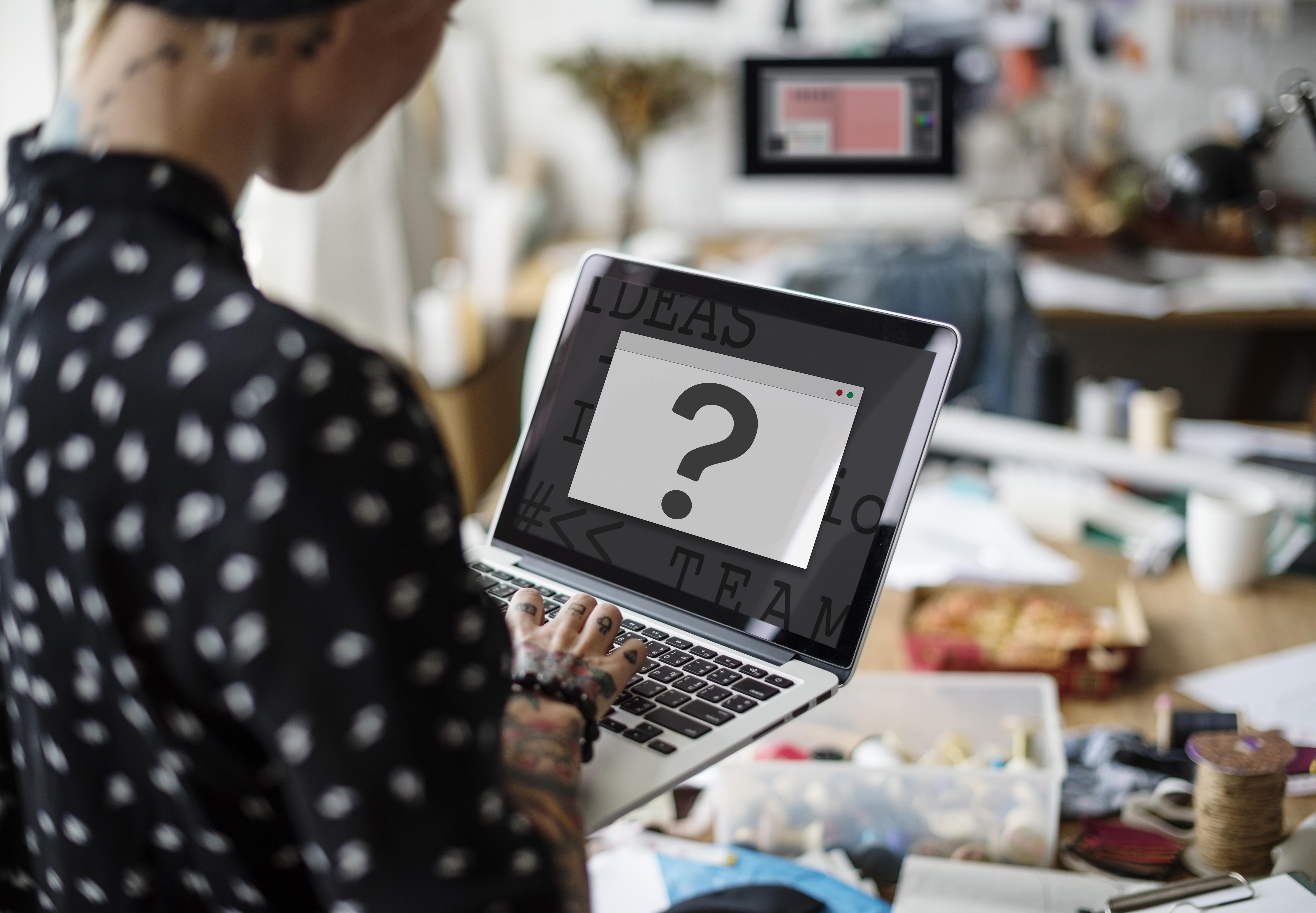 Grafik Tasarım Öğrencileri Kendini  Geliştirmek İçin Neler Yapmalı?